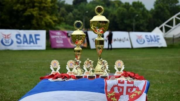 Startuje U17 Kadetska liga, Indiansi slobodni